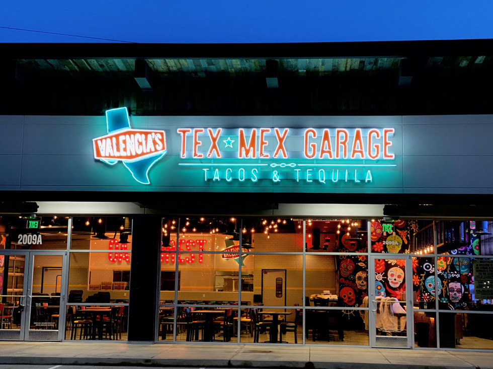 Valencia's Tex-Mex Garage exterior