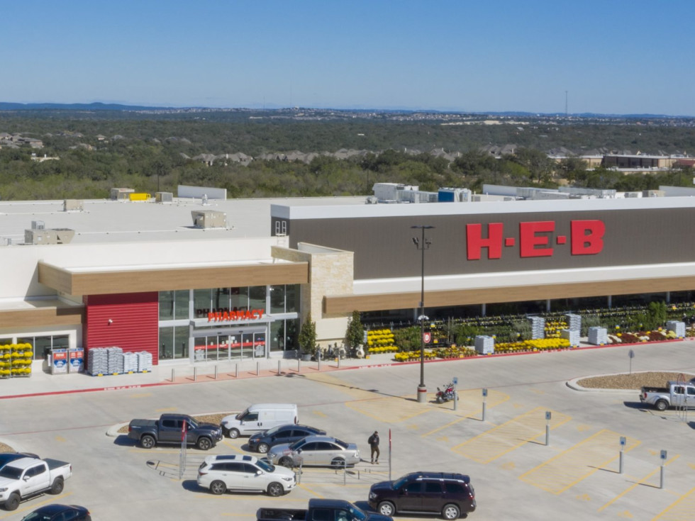 H-E-B exterior grocery store logo Far West Side San Antonio