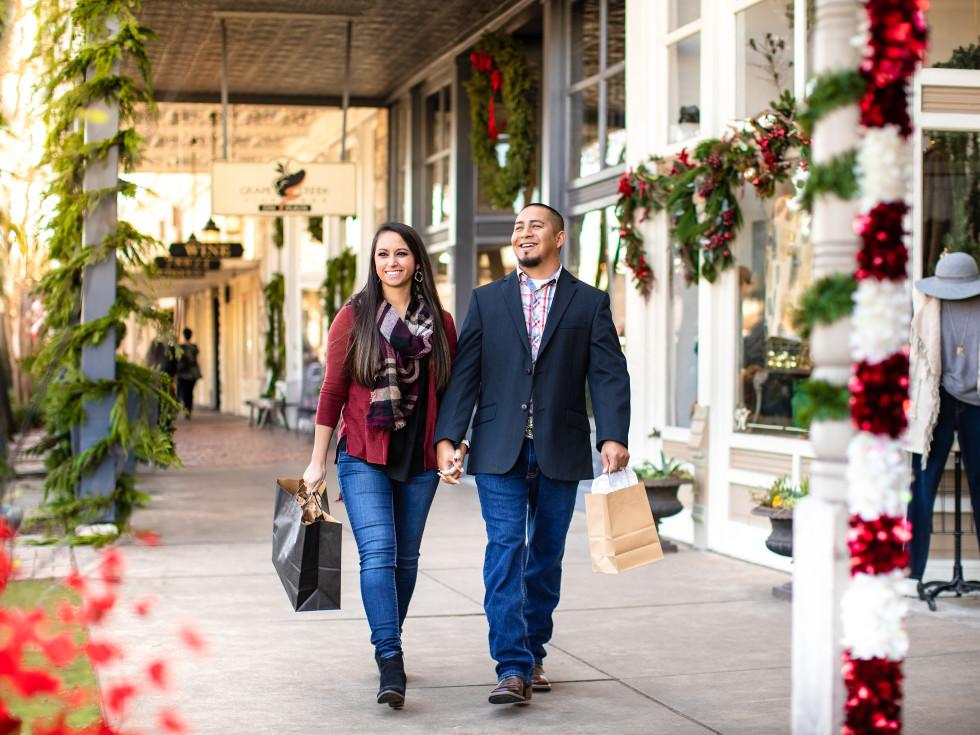 Fredericksburg holiday shopping