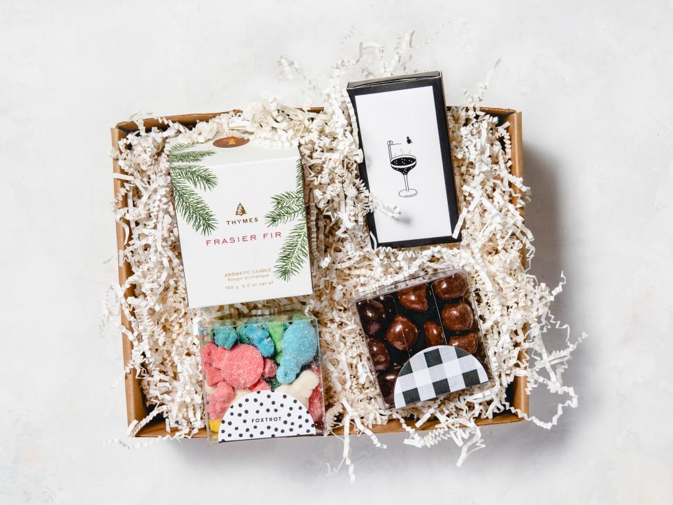 Seasons greetings gift basket