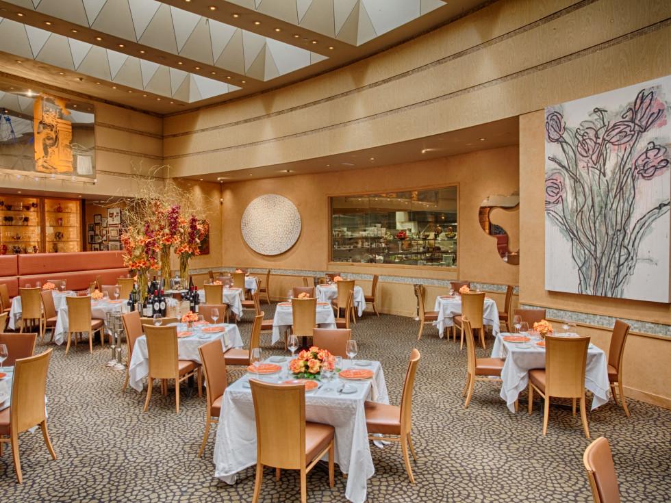 Tony' Restaurant