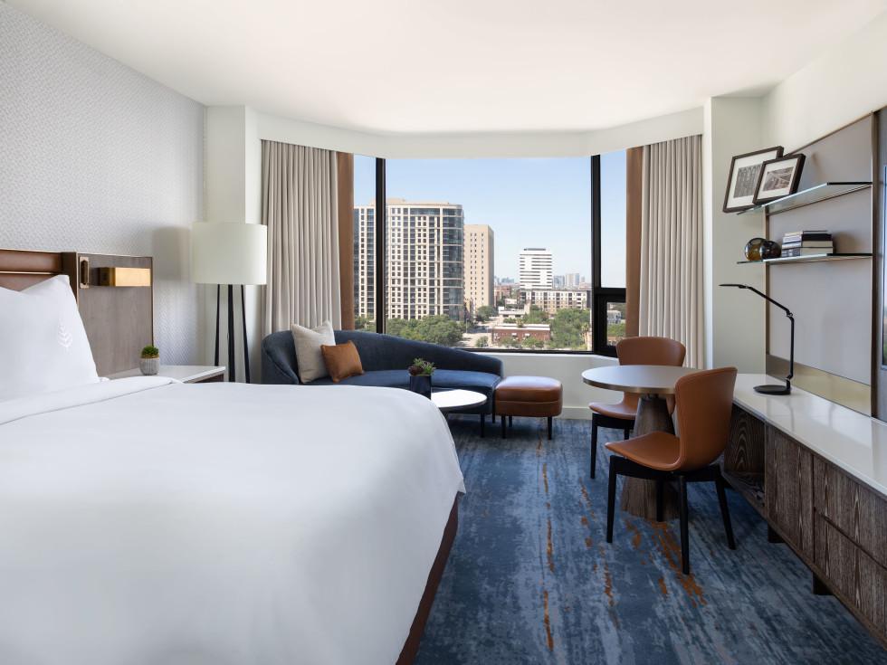 Four Seasons Houston new guestroom