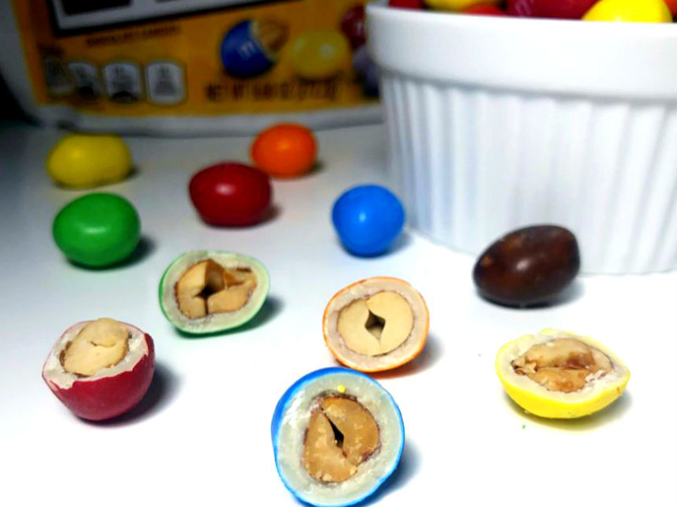 M&M white choc peanuts