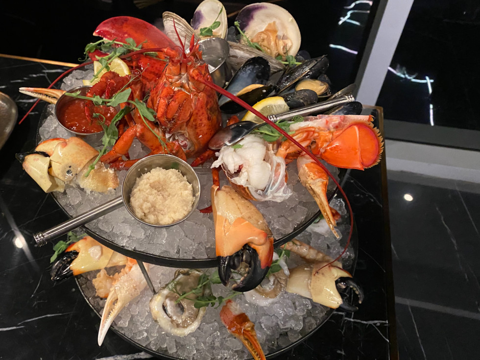 Thirteen seafood tower