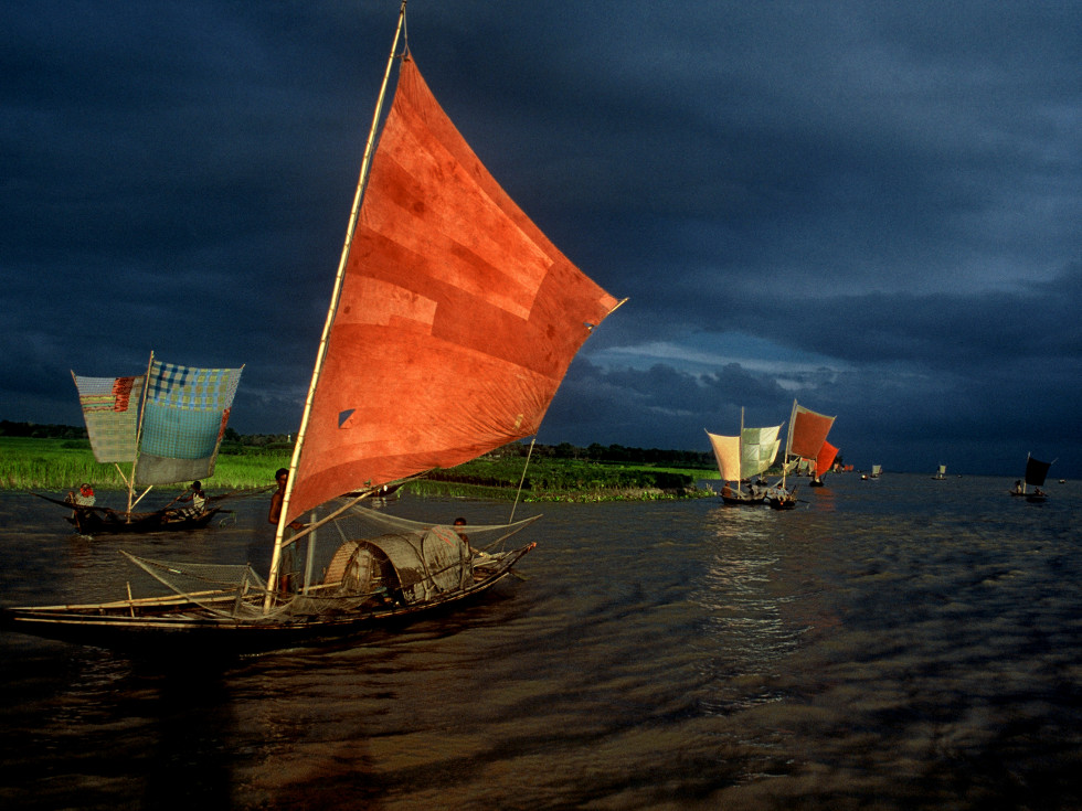 Asia Society: Shahidul Alam, Sailboat Fishing for Ilish