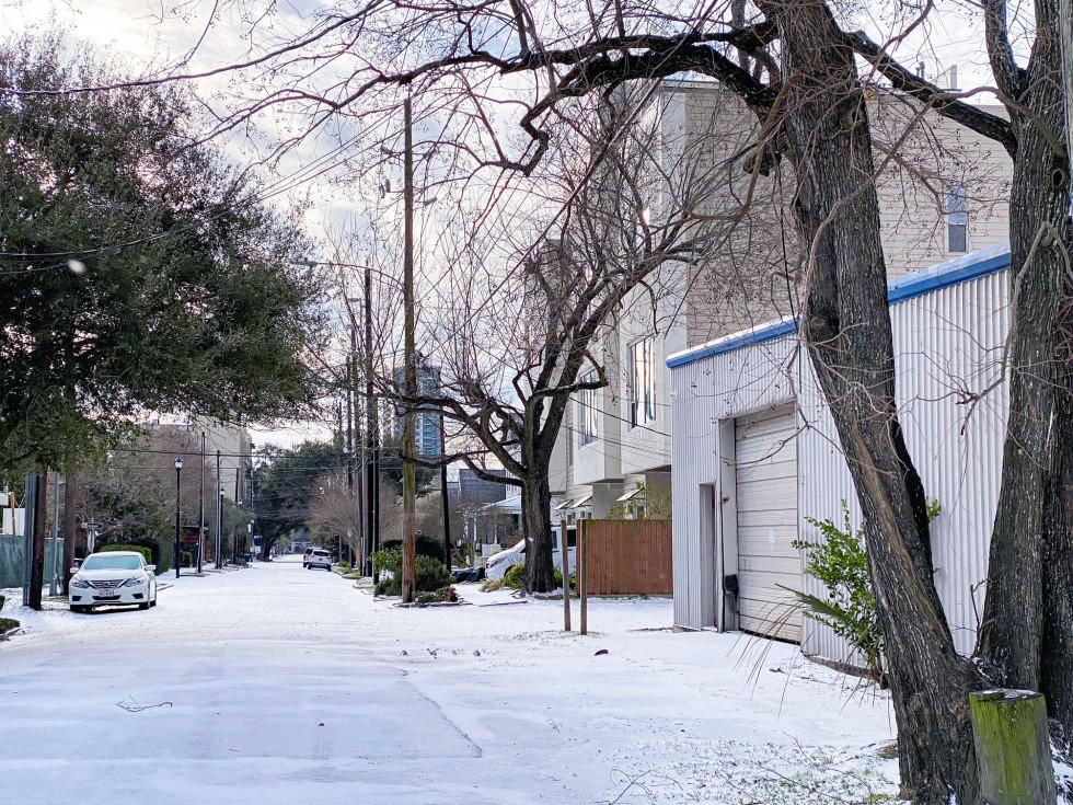 Houston Midtown snow 2021