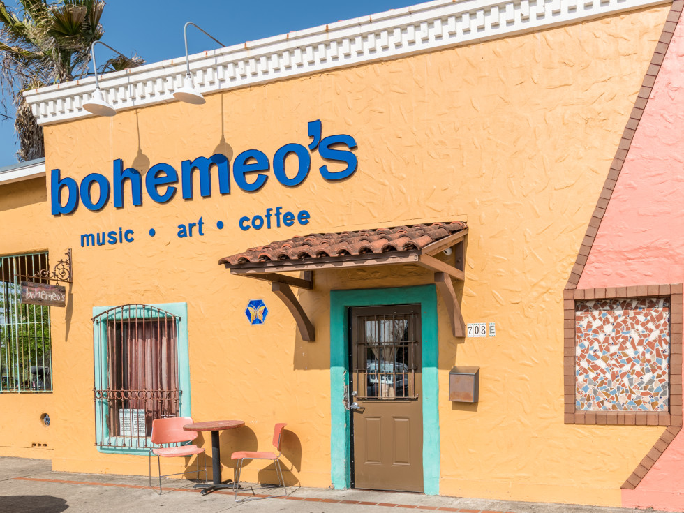 Bohemeo's Cafe