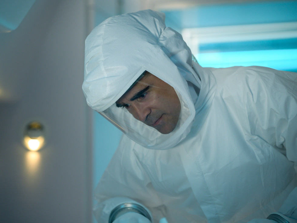 Colin Farrell in Voyagers