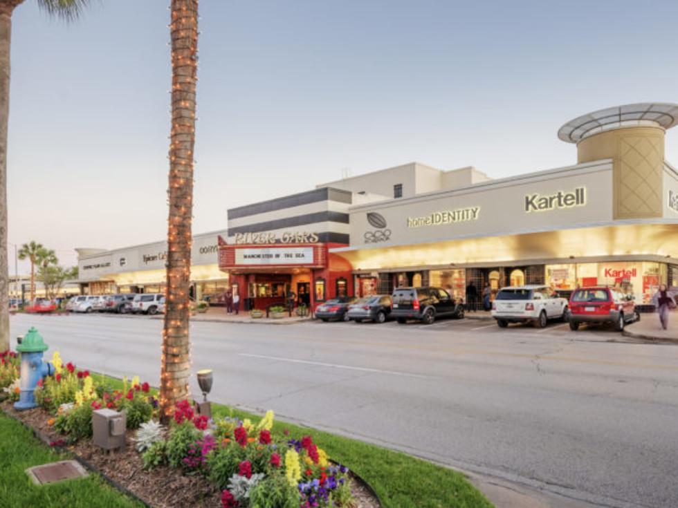 River Oaks Shopping Center