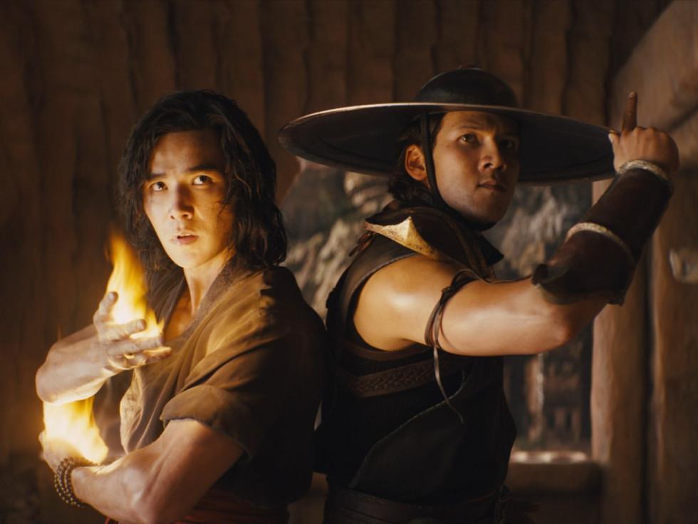 Ludi Lin and Max Huang in Mortal Kombat