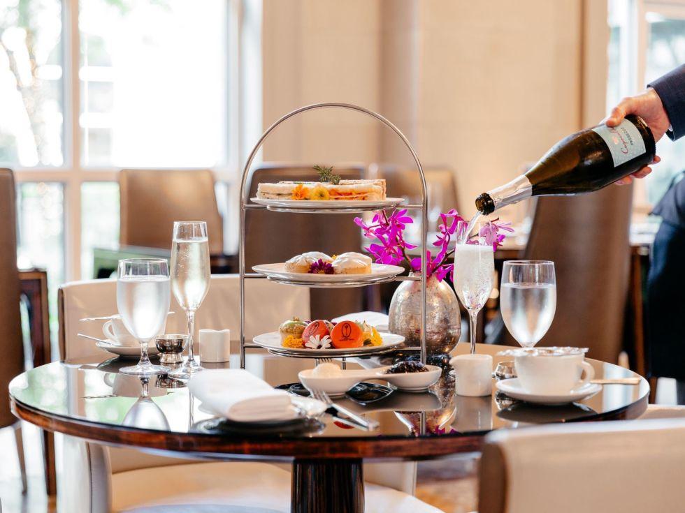 Afternoon tea Hotel Crescent Court