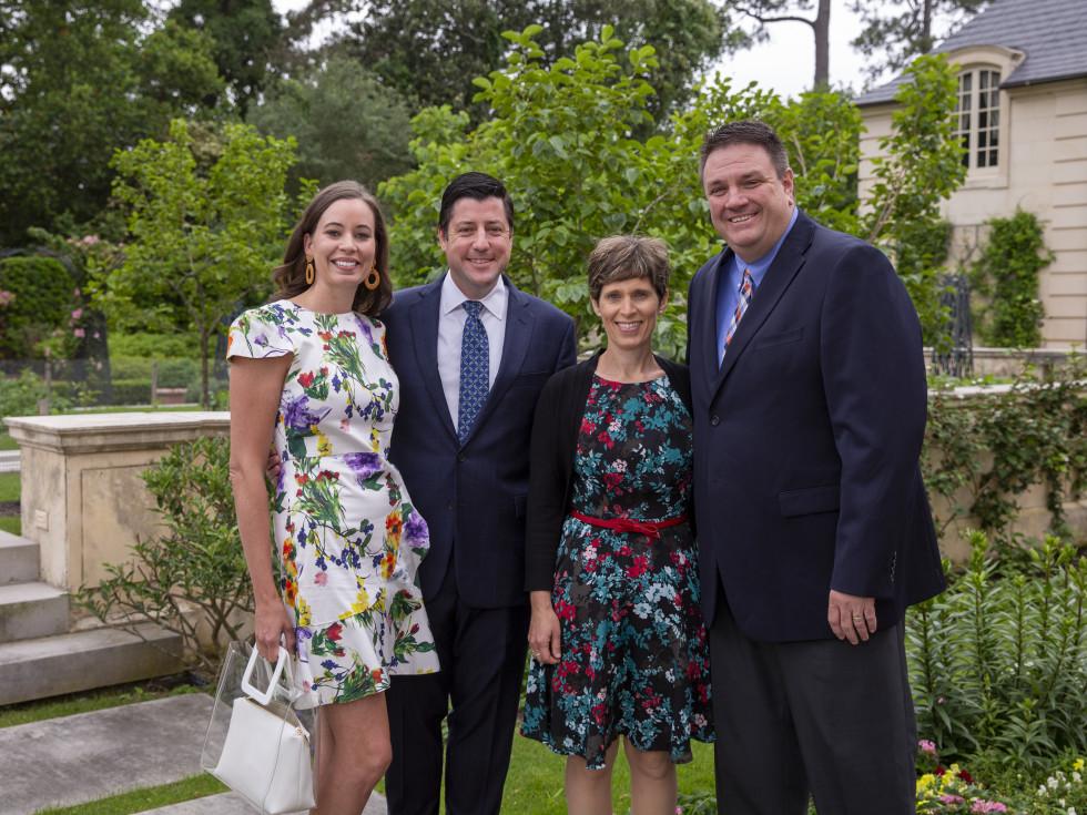 A Celebration of Reading Bush 2021 Caroline and Paul Cornett,  George and Jennifer Wilson