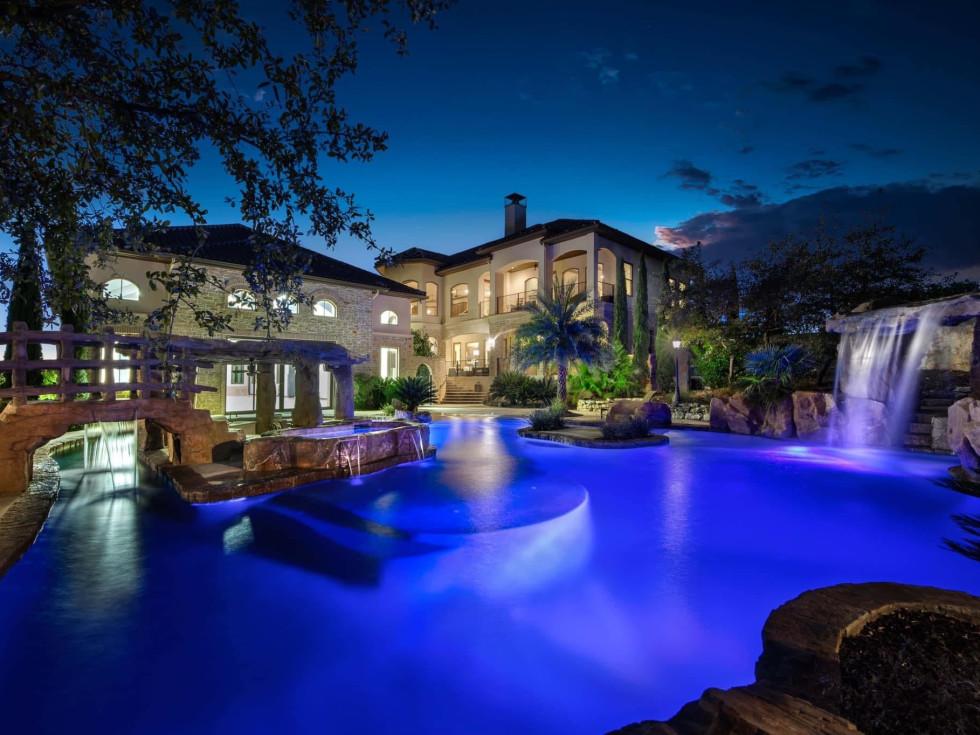 15 Esquire San Antonio home