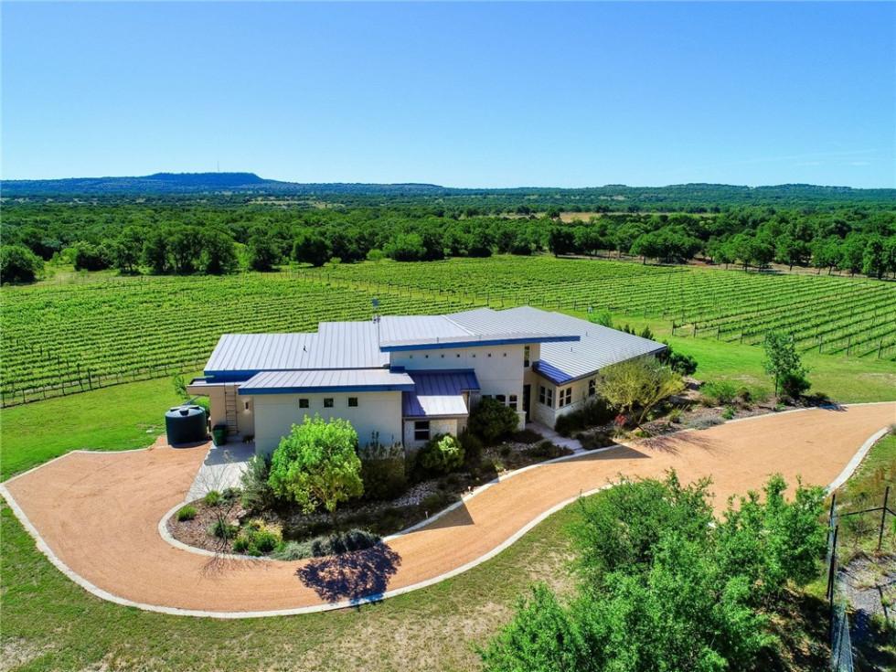 Vineyard home in Lake Travis