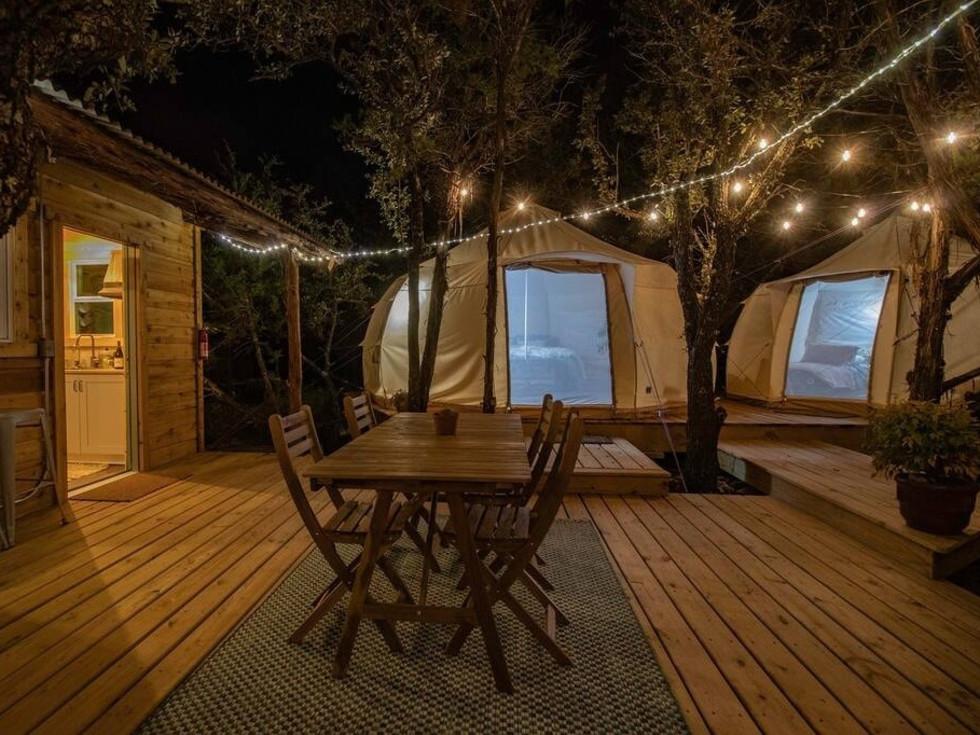 Glamp, Skybox Cabins