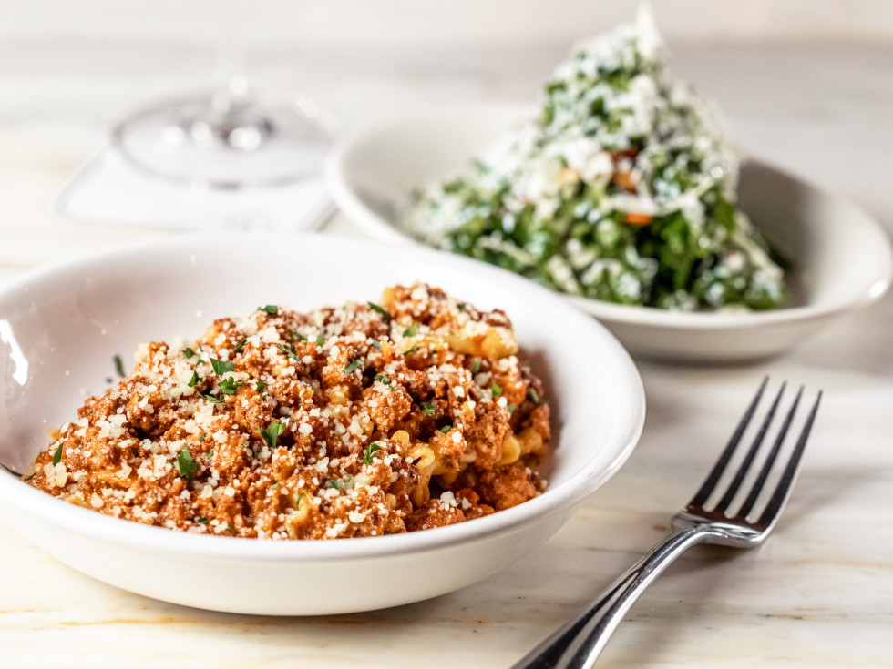 il Bracco bolognese pasta kale salad