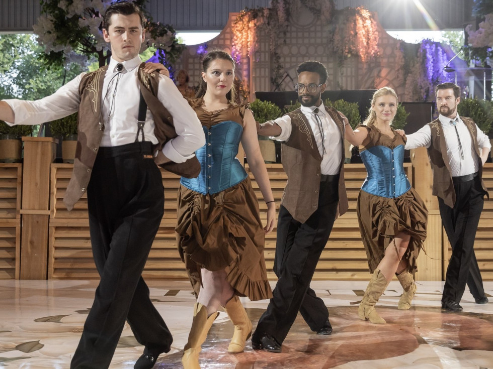 Arthur Murray dancers