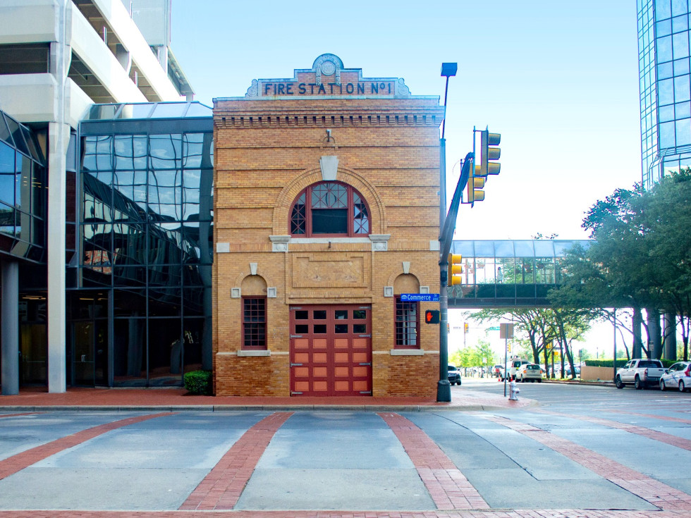 Starbucks Fort Worth Fire Station No. 1