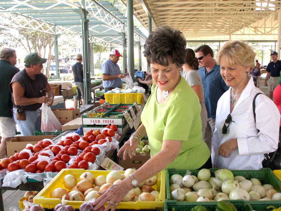 Fredericksburg farmers market