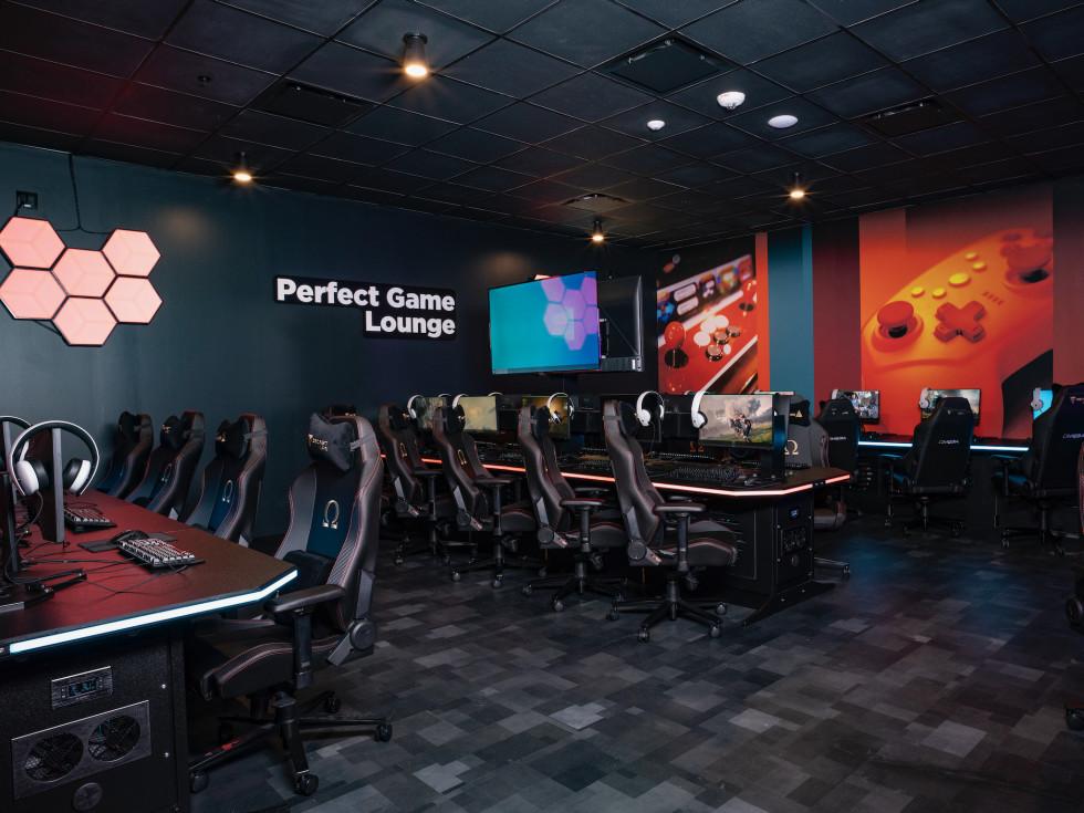 Palace Social esports lounge