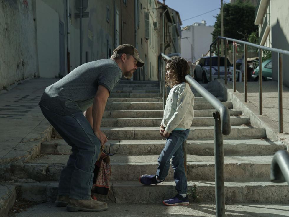 Matt Damon and Lilou Siauvaud in Stillwater