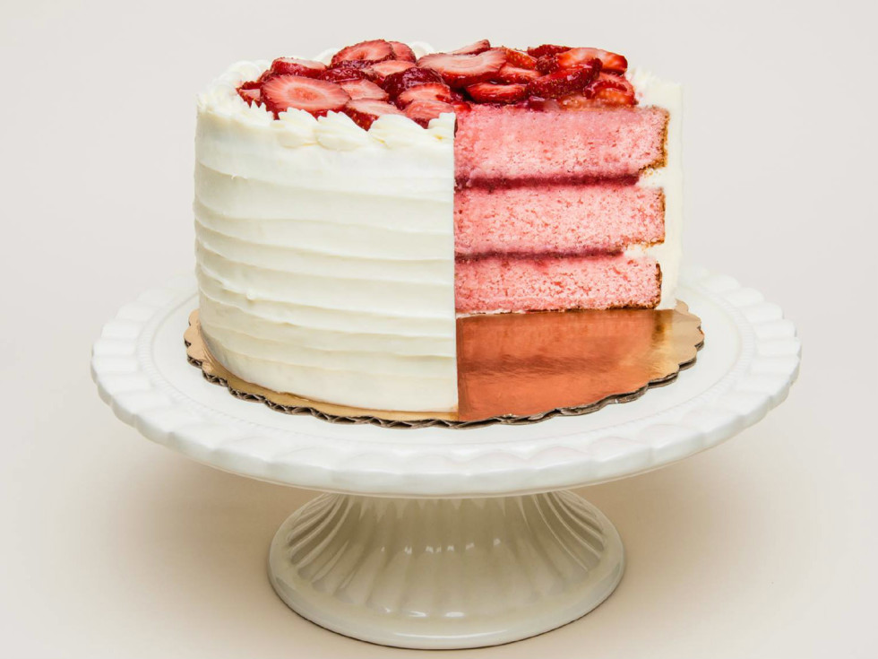 Cake Bar strawberry cake