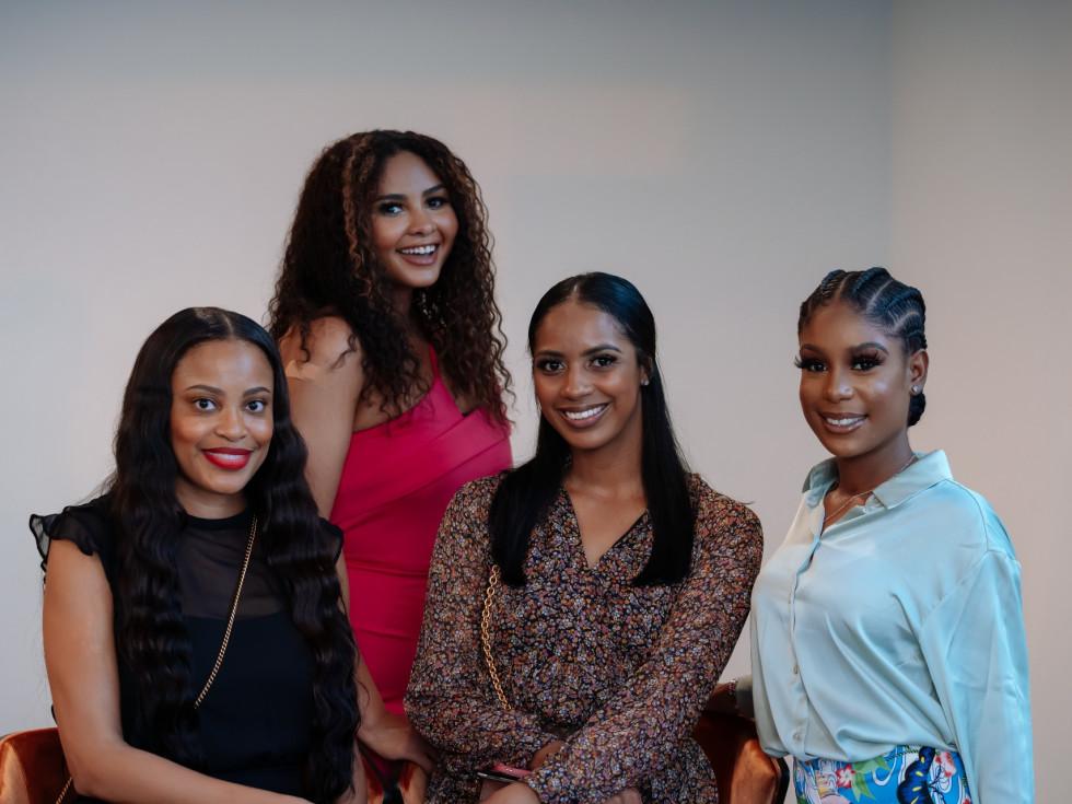 Ellison Heights Diamonds Direct shopping party Tasha Gant, Michelan Willie, Raquel Simpson, Dernesha Osborne