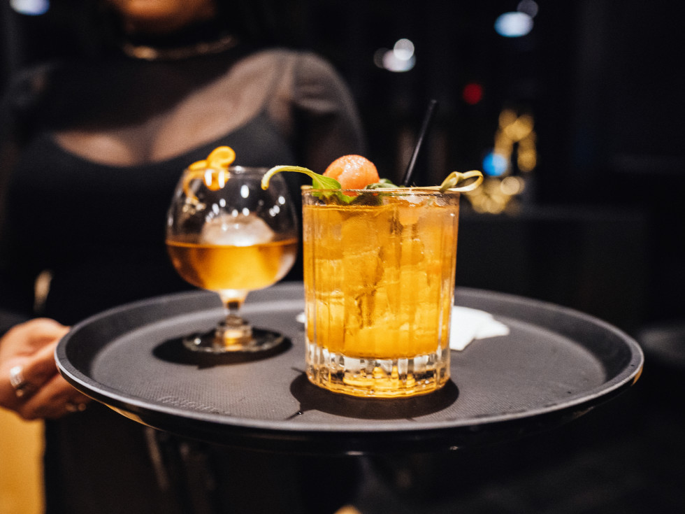 Kiss restaurant cocktails