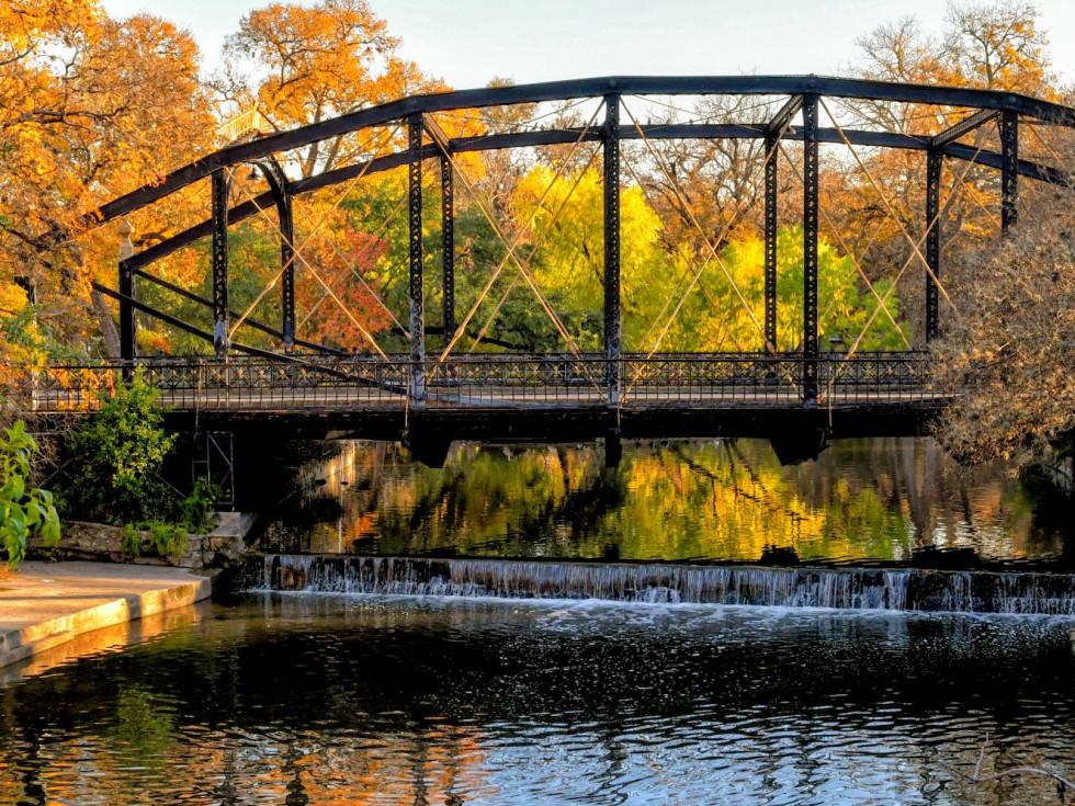 Brackenridge Park iron bridge
