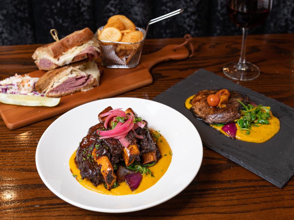 New York Eatery dinner spread