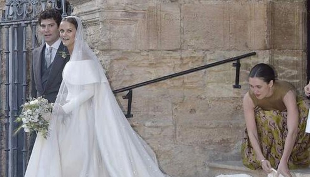 7f22860004 The wedding gown worn by British royal that brides will want to copy -  CultureMap Houston