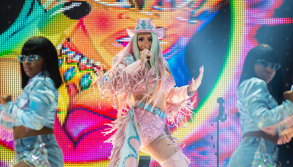 Cardi B Sets New Rodeohouston Attendance Record With