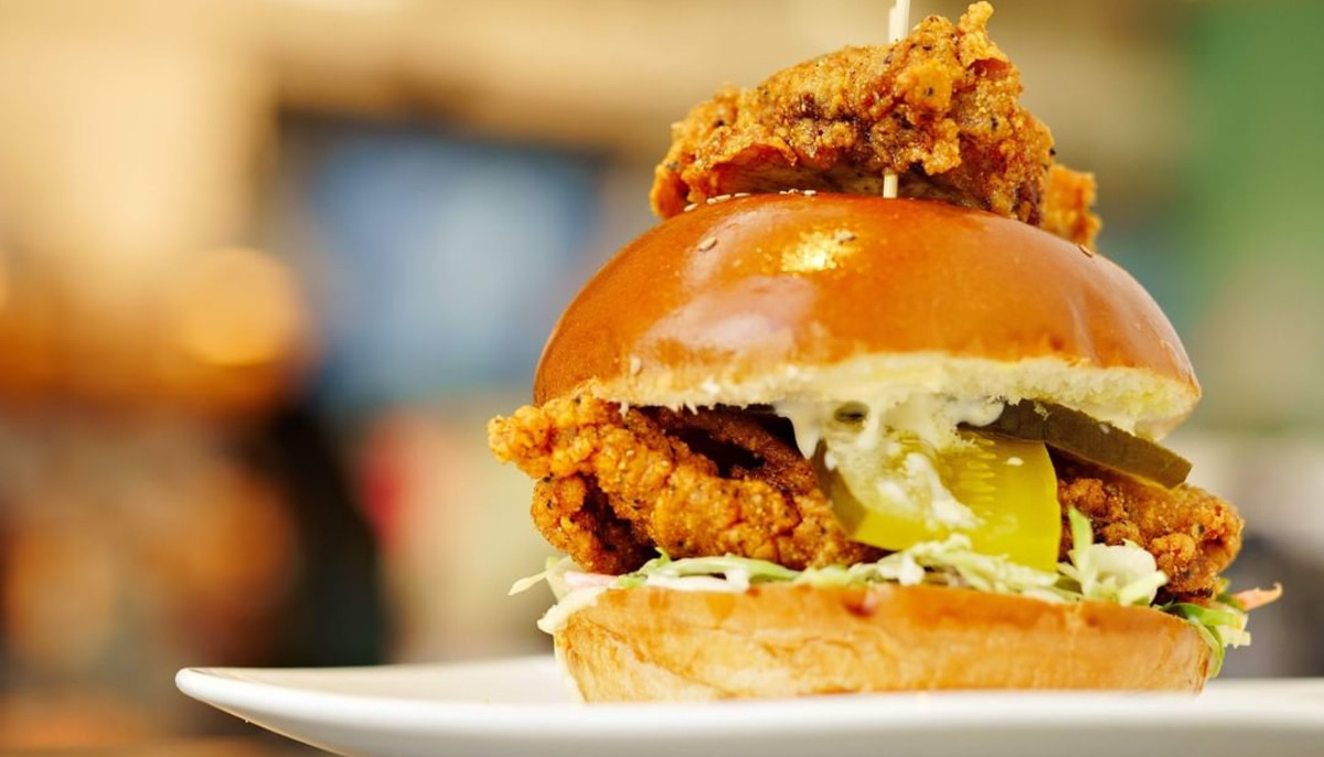 6 Houston fried chicken sandwiches better than Popeyes or