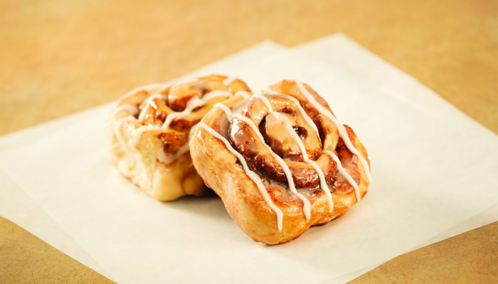Whataburger floats new cinnamon roll that tinkers with ...