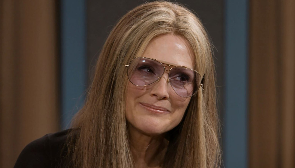 The Glorias attempts to show the many layers of Gloria Steinem
