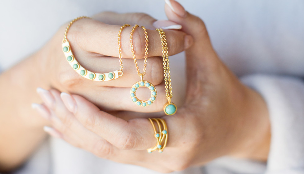 Texas designer unwraps sparkling new jewelry line that's all about simplicity