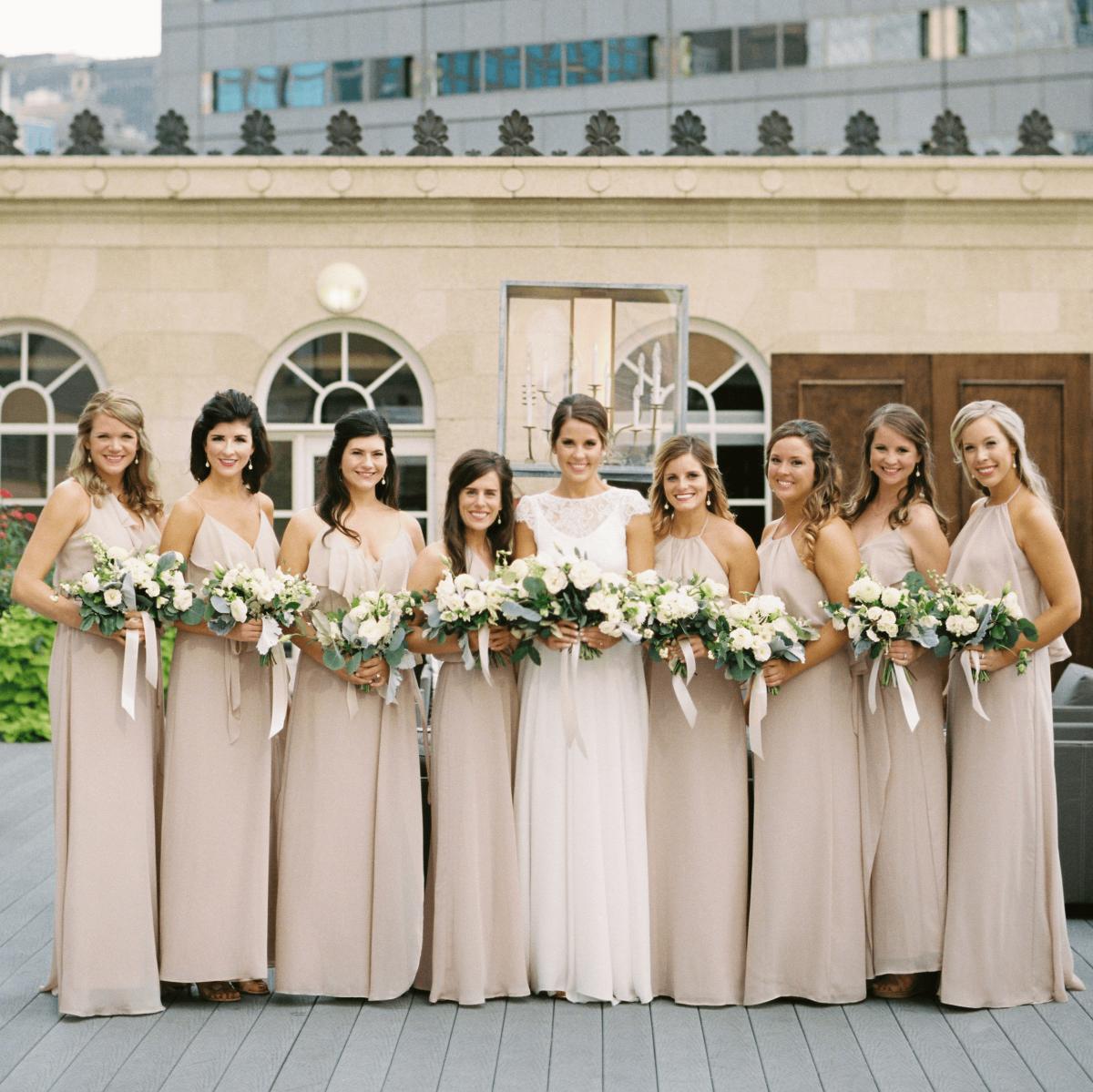 Downtown Dallas Rooftop Fulfills Wedding Fantasy For Urban