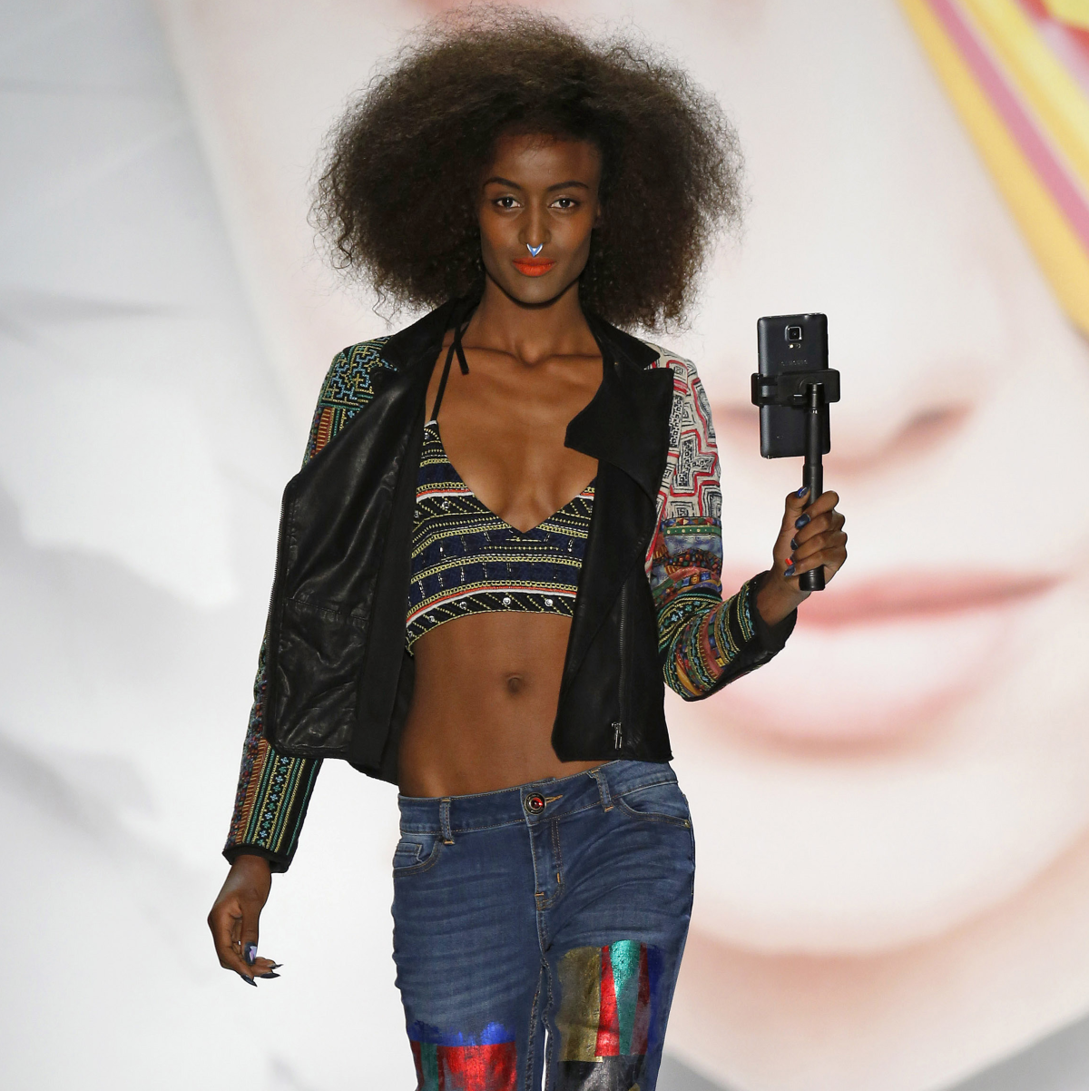 82555d1414a Colorful fashion brand invades Houston airports with a Barcelona ...