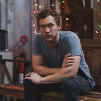 Phillip Phillips in concert
