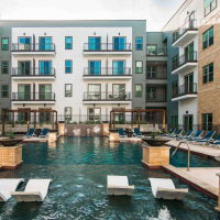 San Antonio apartment pool