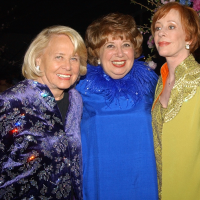 Liz Smith, Beverly Sills, Carol Burnett, Barbara Walters at salute to Sills in 2003