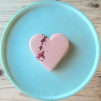 Bakery Lorraine heart moonpies