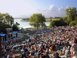 Cool Thursdays Concert Series at Dallas Arboretum
