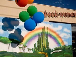 Austin_Photo: Places_Shopping_Book Woman_exterior