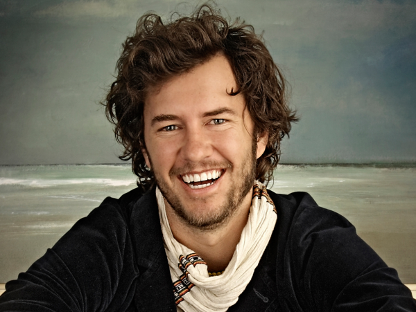TOMS Blake Mycoskie profile photo
