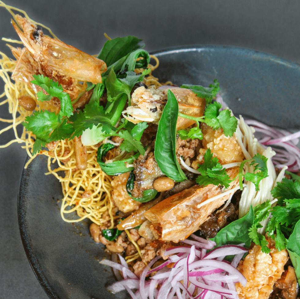 Old Thousand restaurant crispy noodle