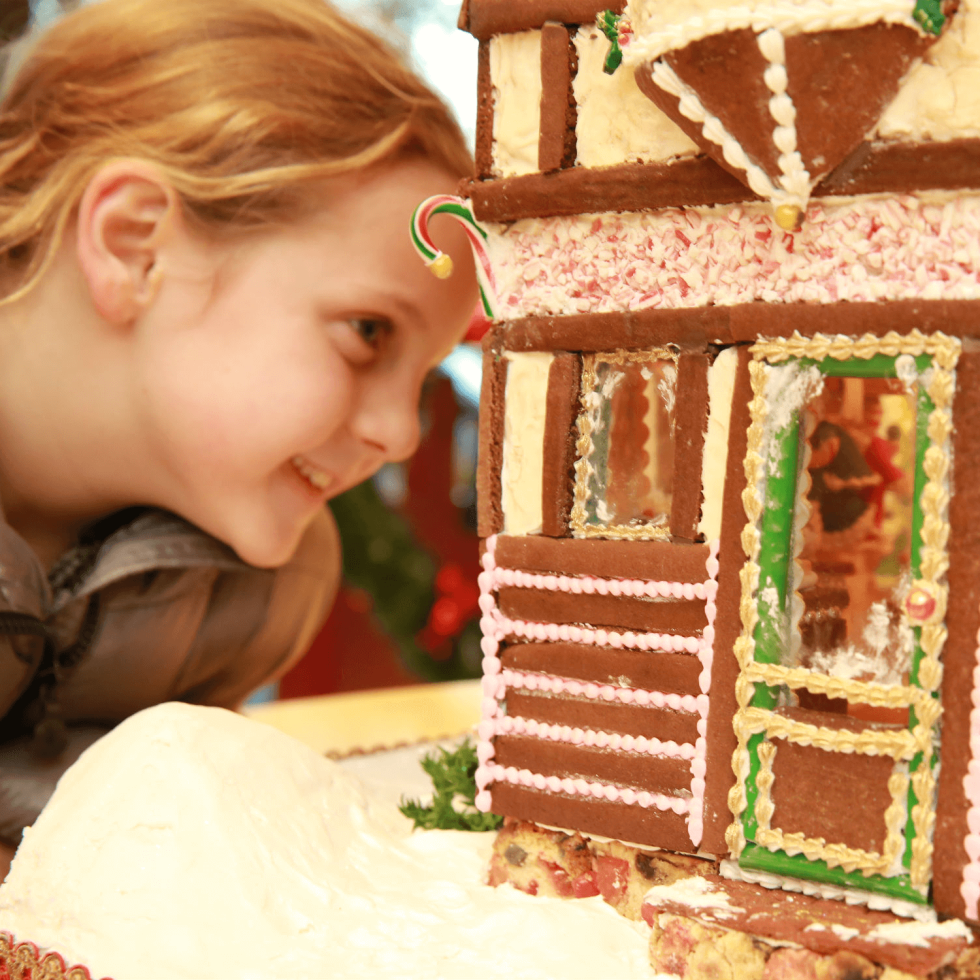 Highland Park Village's The Gingerbread Stroll