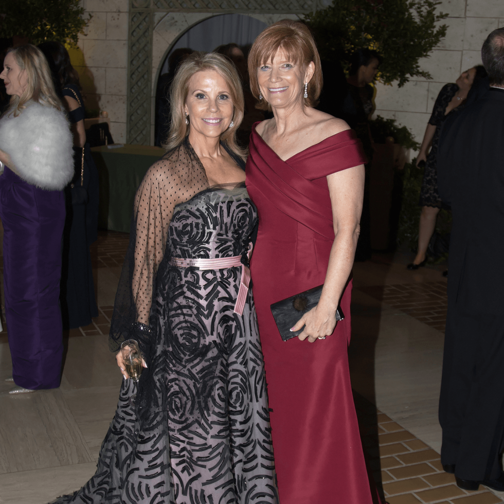 Anne Reeder (Carolina Herrera), Beth Thoele (Patty Flowers)