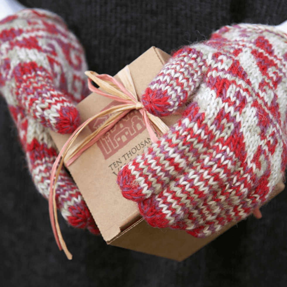 Ten Thousand Villages holidays Christmas gift gloves