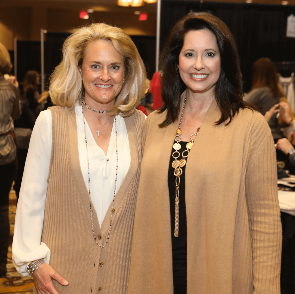 Houston, Tri Delta The Sale benefiting TCH, Jan 2017, Barbara Irvin, Rickie Duke